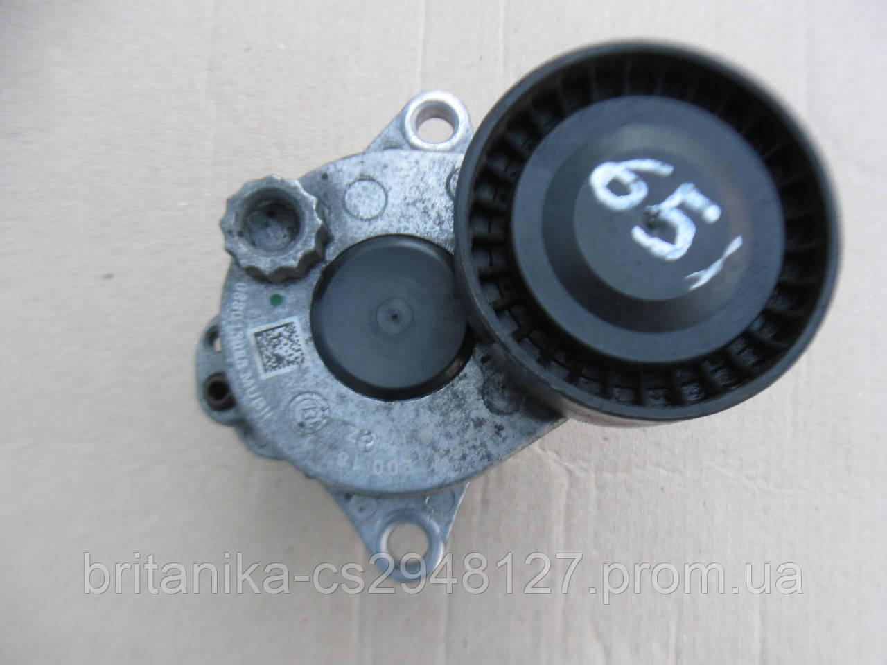Натяжитель ремня Мерседес Вито 639 (651 двигатель 2.2cdi)