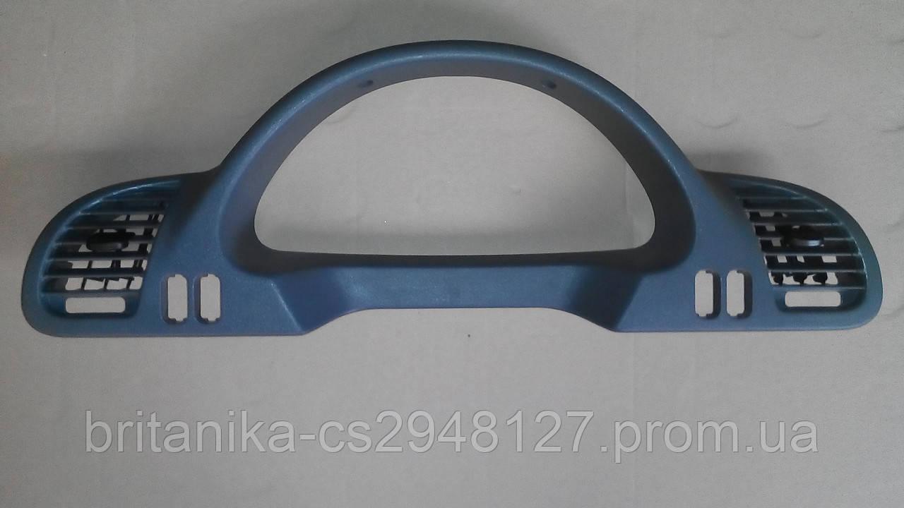 Накладка левая на приборную панель Мерседес Спринтер cdi бу Sprinter