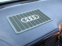 Липкий коврик в машину на торпеду, AUDI удерживает предметы на панель приборов антискользящий