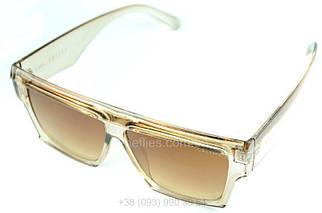 Жіночі квадратні сонцезахисні окуляри Celine репліка Коричневі з градієнтом