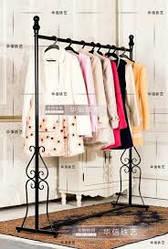 Торговое оборудование в магазин одежды