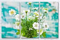 Модульная картина на холсте для кухни 3 в 1 Цветы в вазе на фоне окрашеной стени 60х90 см