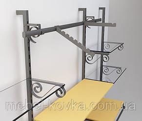 Пристенное оборудование для магазина одежды