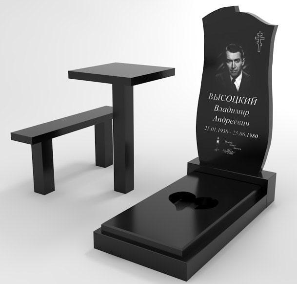 Стол и лавка из гранита на могиле