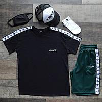 Летний комплект Адидас чёрная футболка мужская + зелёные шорты + носки + маска для лица + тракер  S, M, L, XL