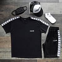 Летний комплект Адидас чёрная футболка мужская + чёрные шорты + маска для лица + носки + тракер  S, M, L, XL