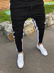 Джинсы - Мужские черные джинсы зауженные с белой полоской