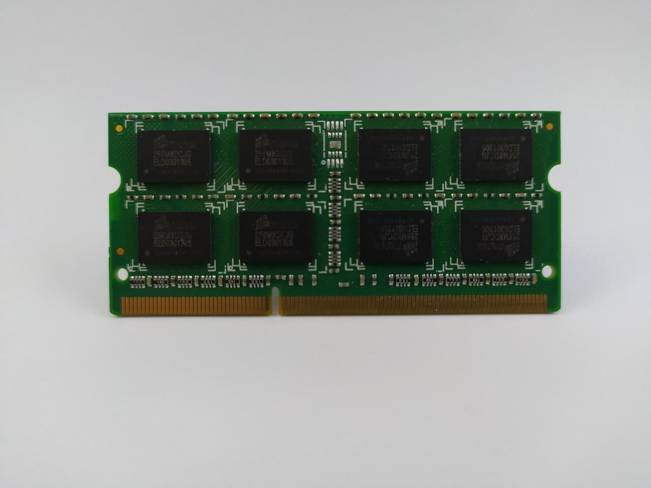 Оперативная память для ноутбука SODIMM Corsair DDR3 4Gb 1066MHz PC3-8500S (CM3X4GSD1066) Б/У