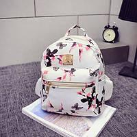 Белый рюкзак женский с цветами. Яркий стильный рюкзачок для девушки. Мини сумочка на плечи женская