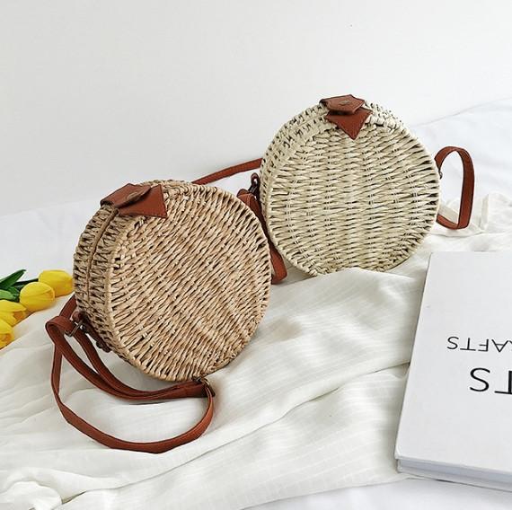 Женская круглая бамбуковая сумочка