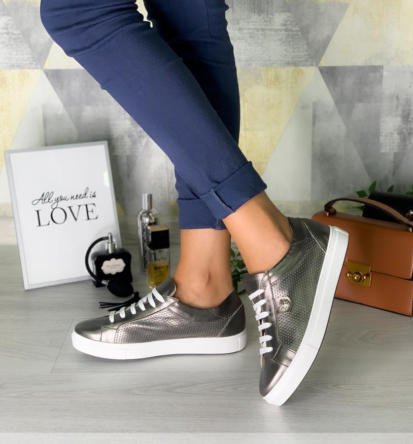 Кроссовки кожаные бронзовые кеды и белые кожаные на шнурках белая подошва размер 36-40