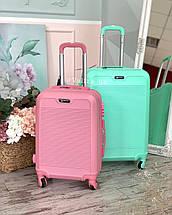 Большой пластиковый чемодан мятный на 4 колесах Польша, фото 2