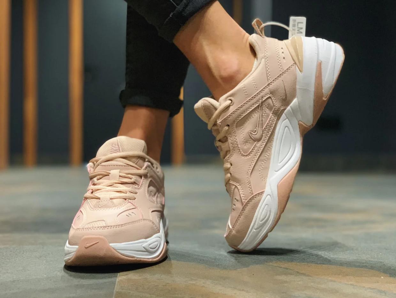 Женские кроссовки Nike Tekno M2K в стиле найк текно пудровые (Реплика ААА+)