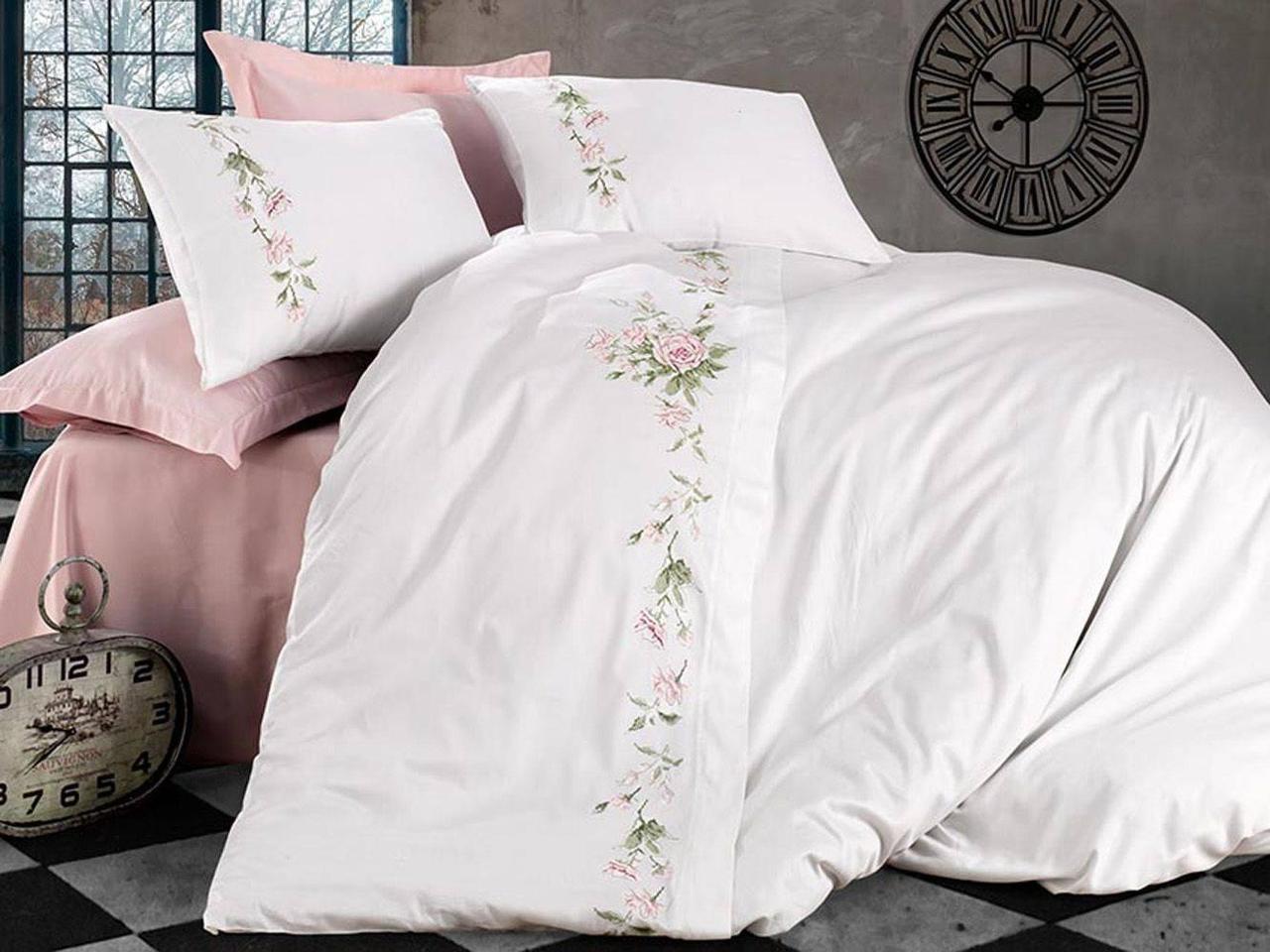Комплект постельного белья  сатин фирмы LANZA