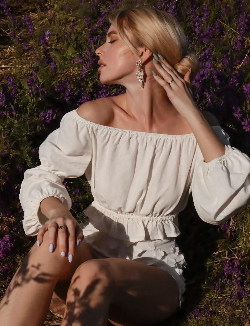 Топ женский из льна с открытыми плечами