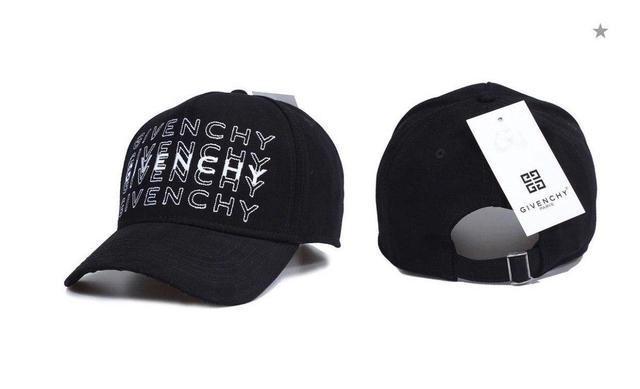 Брендовая кепка Givenchy