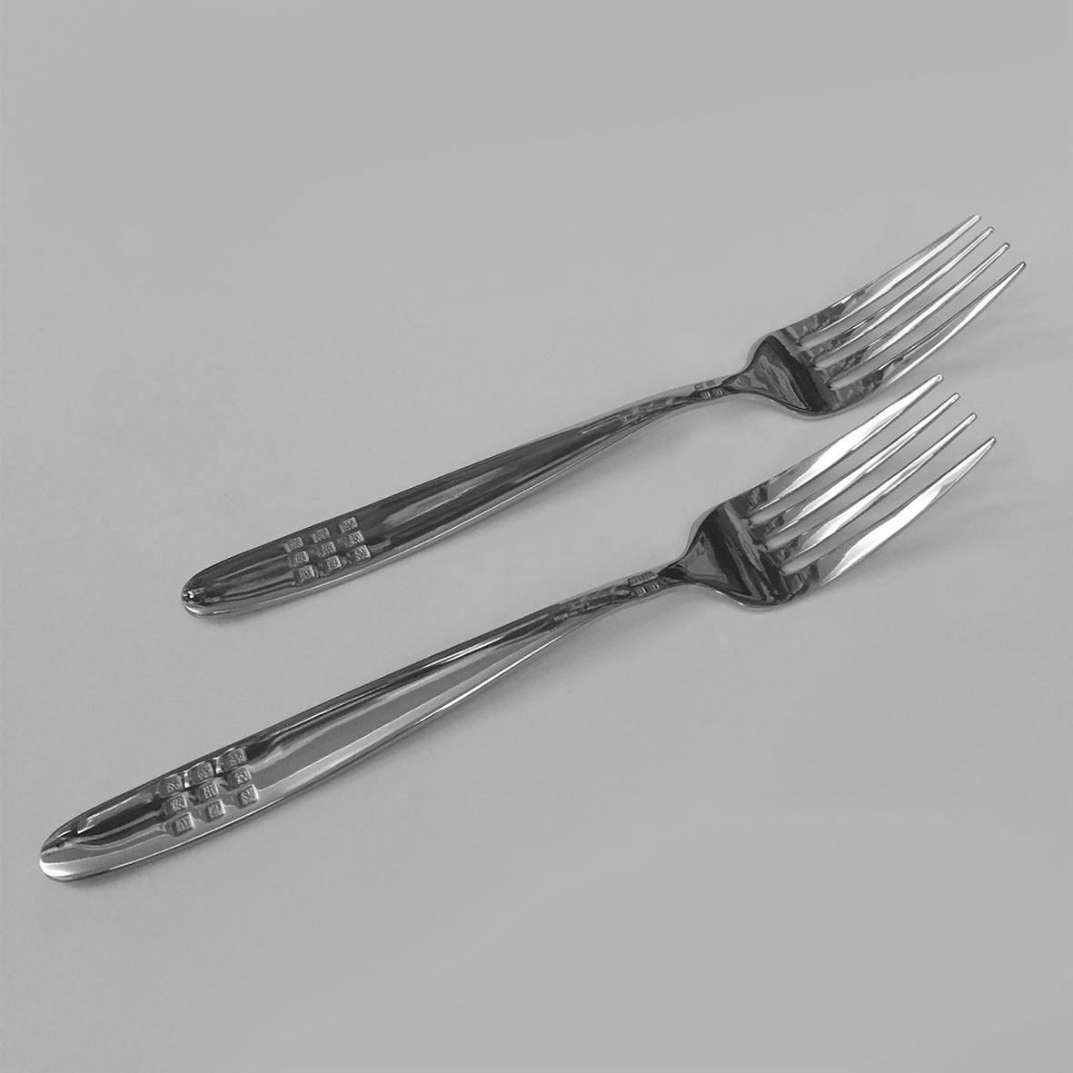 Столовая вилка сталь (только по 6 штук)
