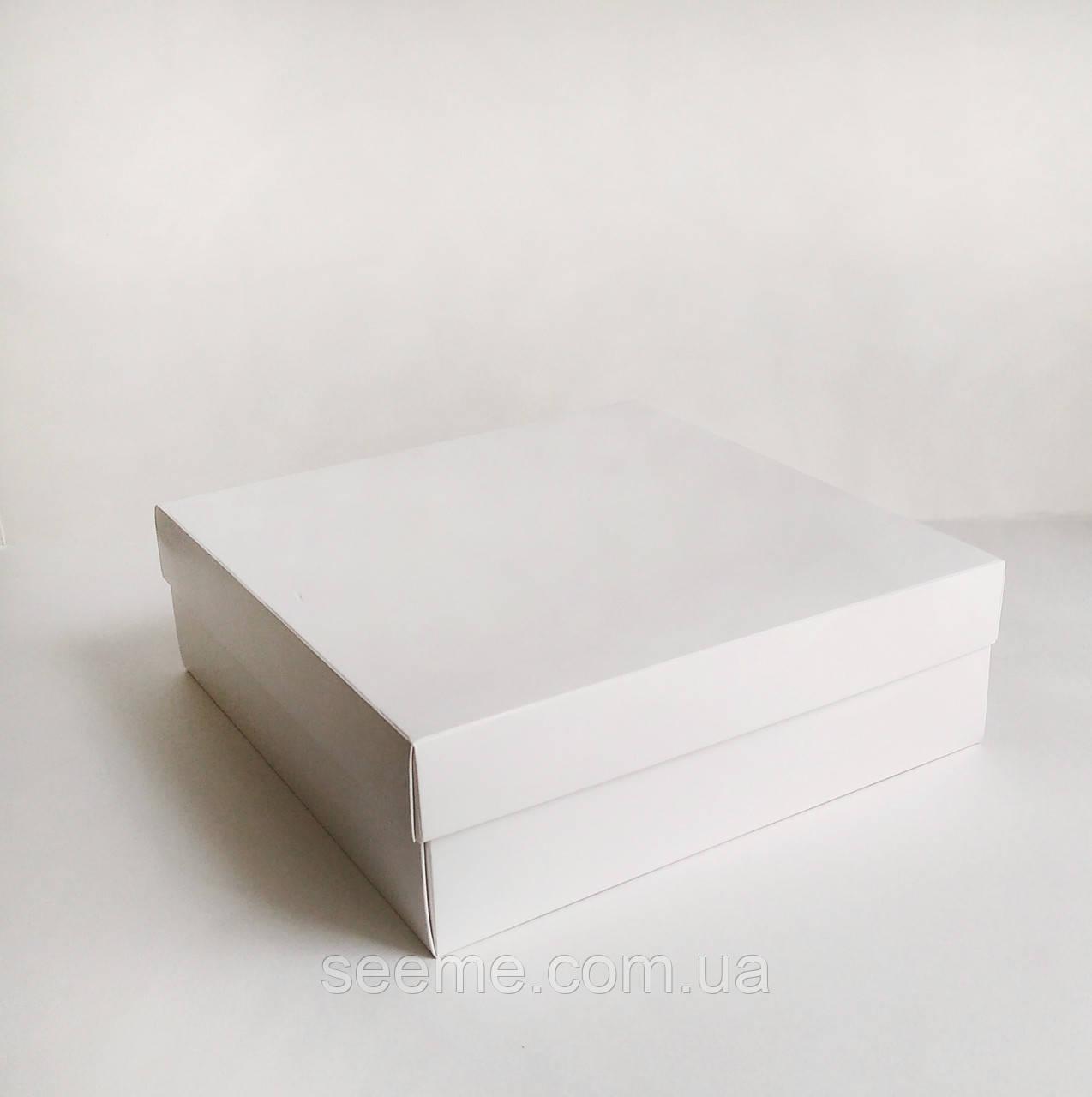 Коробка подарункова, 280х280х90 мм.
