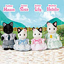Sylvanian Families (Calico Critters) семья Котов в смокинге Tuxedo Cat Family, фото 3