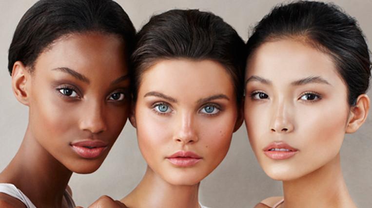Супер хайлатеры Becca Shimmering Skin Perfector