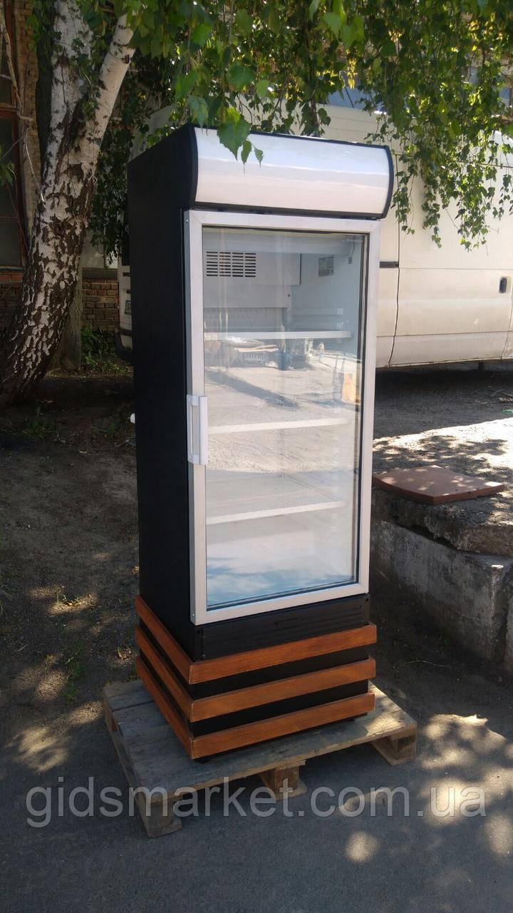 Холодильный шкаф на подставке Klimasan новый