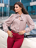 Стильная блузка в горошек с воротником стоечка и лентами переходящими в бант, фото 7