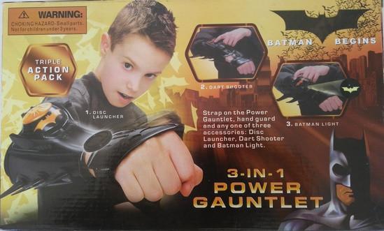 Перчатка Бетмен стреляет дисками, стрелами, фонарик. pro