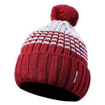 Вязаная мужская шапка с бубоном красный