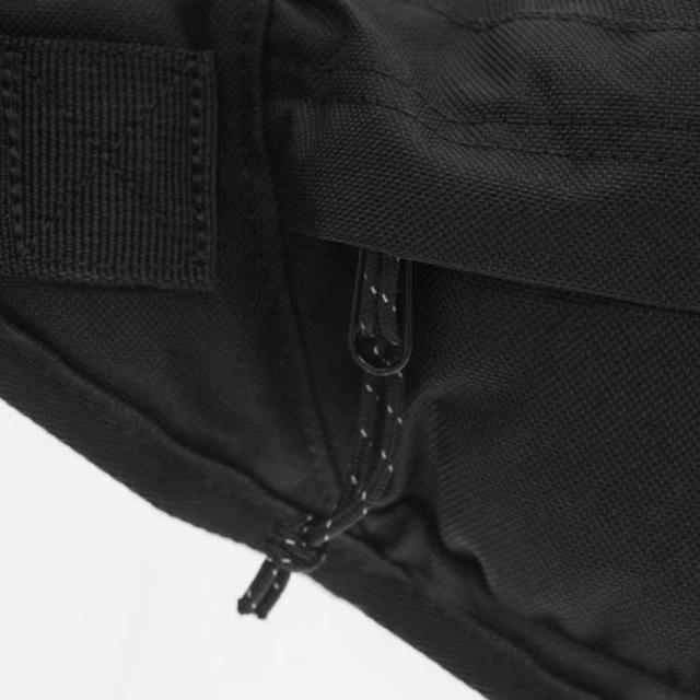 cумка бананка на пояс Puma Phase Waistbag чорного кольору