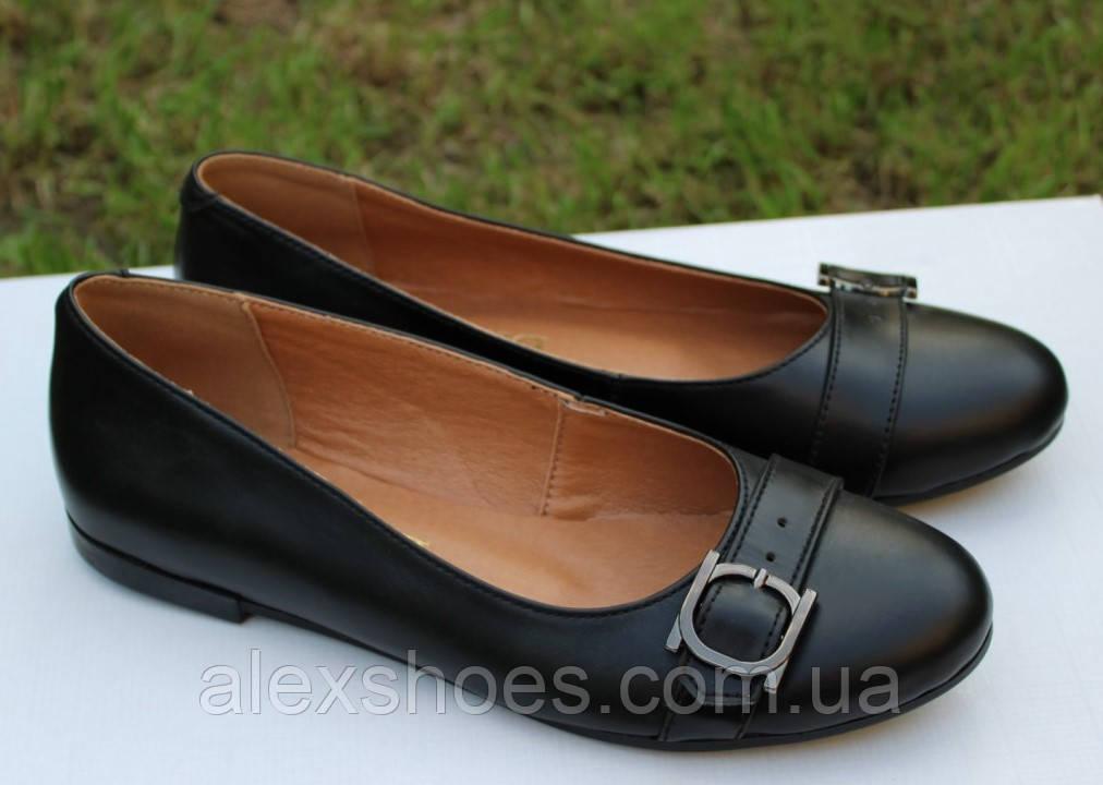 Туфли женские на низком ходу из натуральной кожи от производителя модель ОУ10817