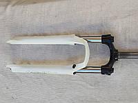 Вилка suntour xcm 26 SF 13 XCM  DS 26 100 mm белая
