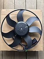 Вентилятор радиатора кондиционера VW Caddy 3/Golf 5/B-6/B7/Touran 1.9/2.0TFSi/FSi/TDi @360 300B 1K0959455N