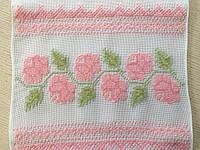 """Весільний рушник вишитий """"На щастя на долю"""" з трояндами ручної роботи 200*33 см"""