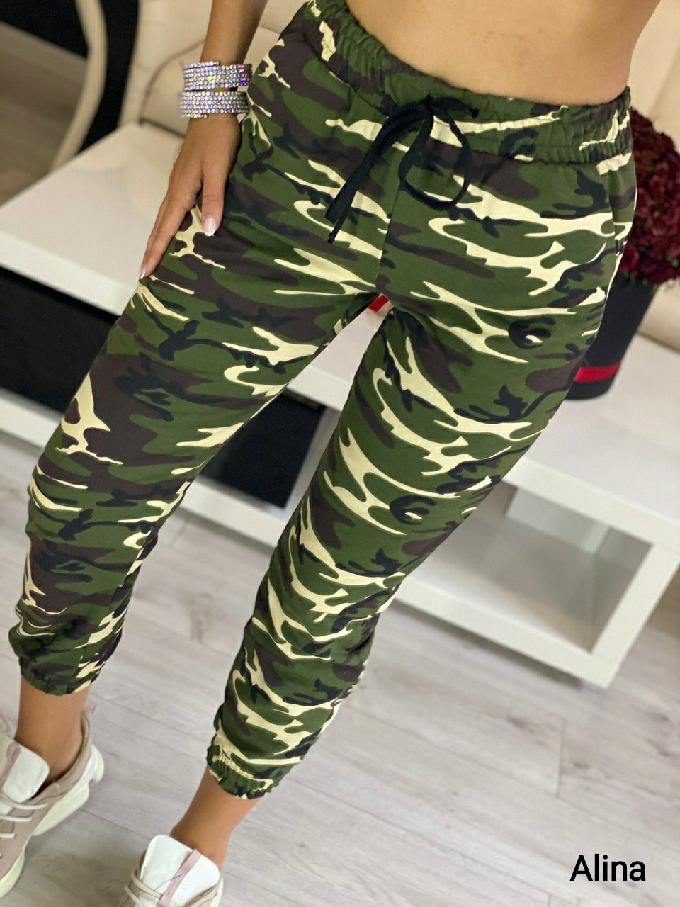 Спортивные женские штаны милитари на манжетах 38bu496