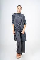 Брючный женский костюм с блузой и кардиганом черный