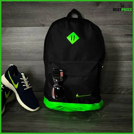 Хитовая расцветка. Рюкзак NIKE /Найк портфель черный с салатовым. Ромб, фото 2
