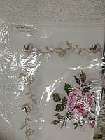 Подарочная скатерть льняная с кружевом и вышивкой крестиком 140*220
