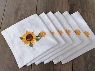 Набір вишитих серветок Волинські візерунки соняшники 43*43 білі
