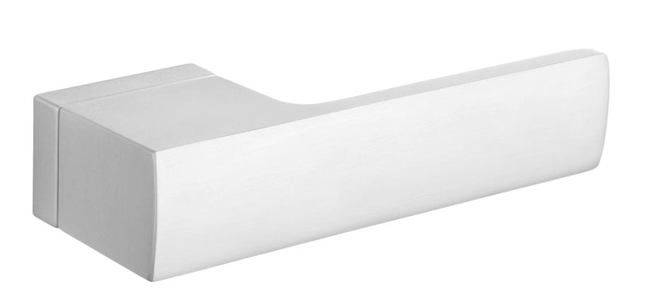Дверна ручка Tupai 4084 RT/96 матовий хром