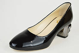 Туфли лакированные с цепью Aquamarin 565 черные
