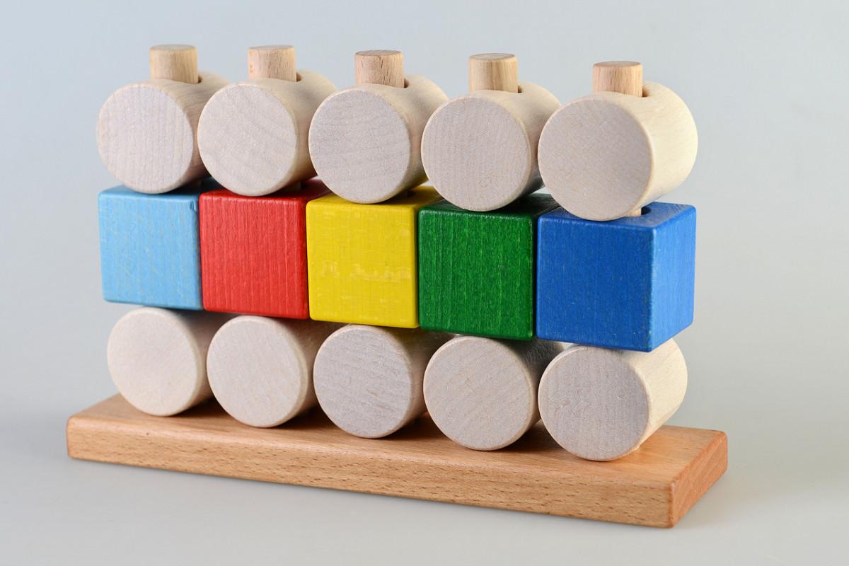 Деревянная пирамидка Кубики и цилиндры, Тато (ПР-003)