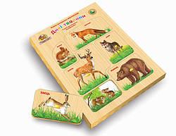 Детская развивающая деревянная игрушка рамка вкладыш Монтессори с подслойным рисунком Дикие животные (укр),