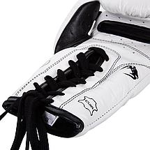 Боксерские перчатки Venum Giant 3.0 Boxing Gloves With Laces White, фото 2