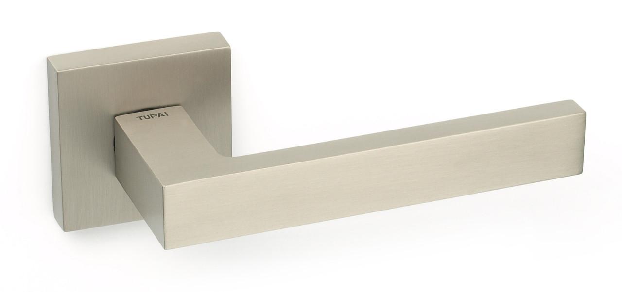 Дверна ручка Tupai 2275 Q/142 5S нікель матовий