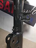 Амортизатор передний правый Mitsubishi ASX 10-19 Митсубиси АСХ KYB, фото 3
