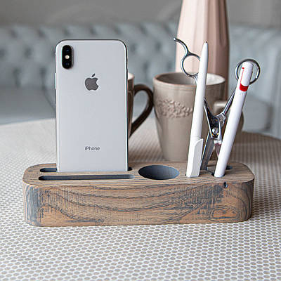Органайзер деревянный для телефона