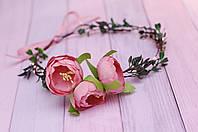 Венок с розовыми пионами