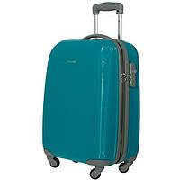 Новые пластиковые чемоданы
