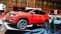 Jeep представит гибридные Compass и Renegade в онлайн