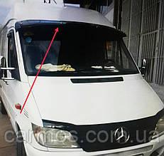Козырек на лобовое стекло ЛТ 35 / 46 (Volkswagen Lt 35) на кронштейнах. Турция